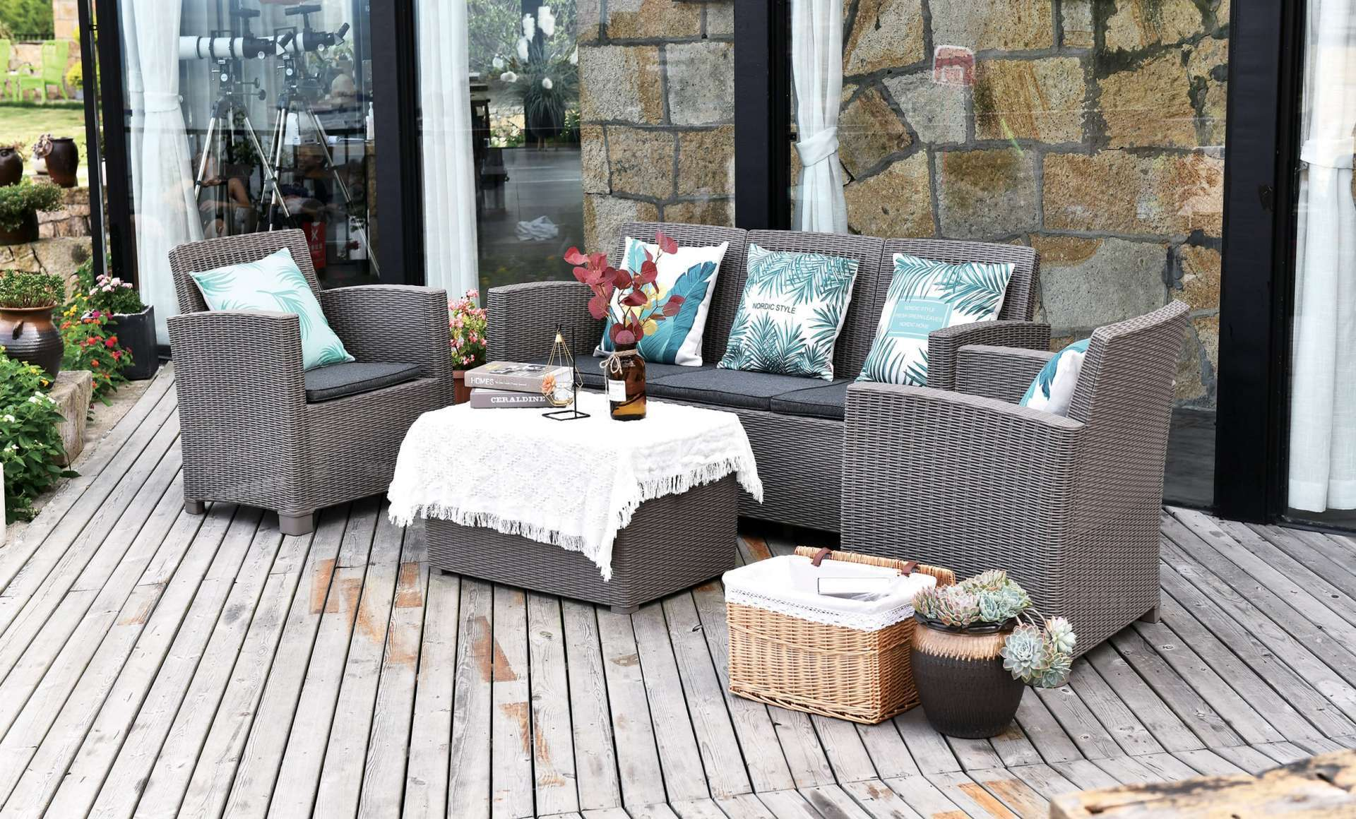 Garden and terrace furniture